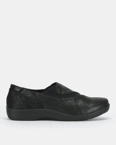 SOA Vega Slip On Shoes Black