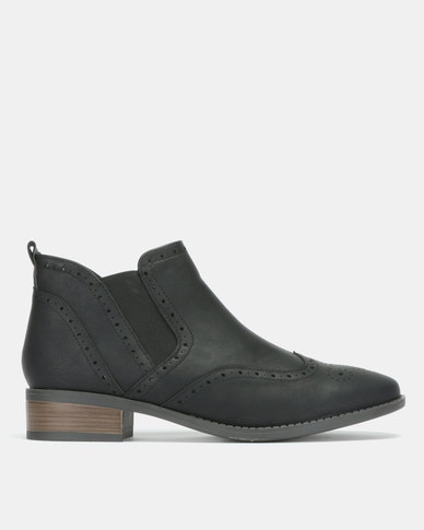Jada Brogue Ankle Boots Black