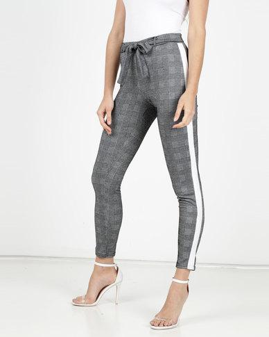 Legit Check Side Stripe Tapered Pant Black/ White