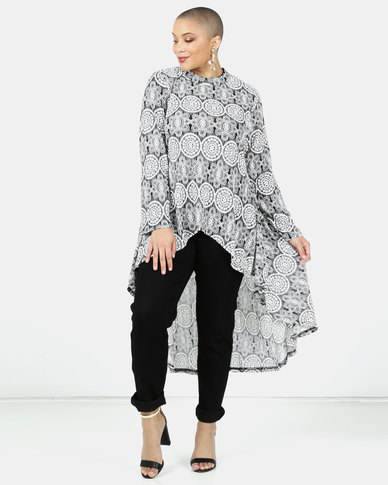 Queenspark Plus Collection Black/White Printed Circles Lace Hi Low Knit Top