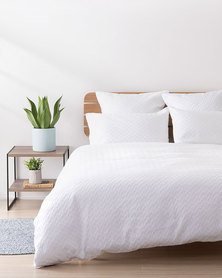 Linen House Queen Jasper Duvet Cover Set White