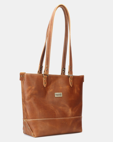 e0607d6f3d5 Bonnie & Clyde Honey Tobacco Leather Tote Light Brown