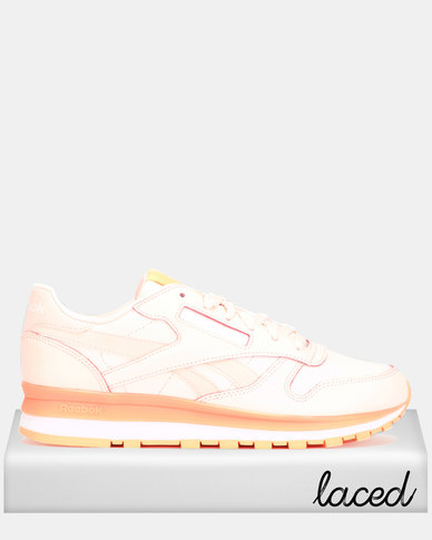 444078d847 Reebok Classic Leather Pale Pink