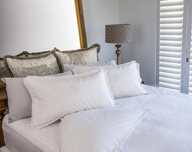 Bella Linen White Vintage Lace Cotton Percale Duvet Set - Queen