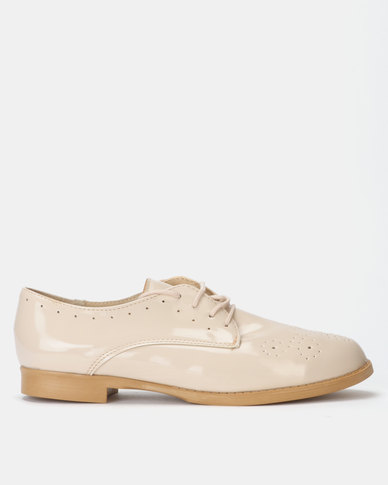 Legit Lace-up Oxford with Punch Hole Detail Natural