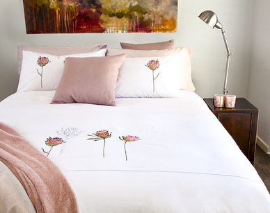 Bella Linen Protea Embroidered Cotton Percale Duvet Set White - Queen