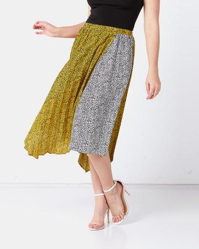 Liquorish Pleated Skirt Yellow and Black
