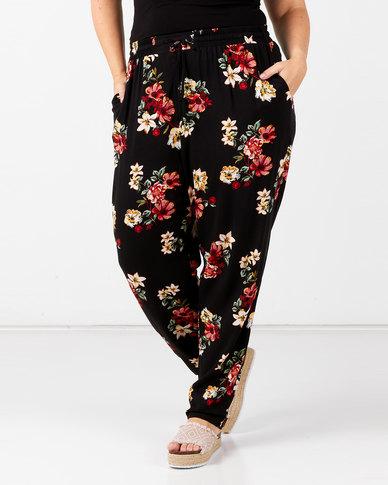 New Look Plus Delta Floral Woven Jogger Black Floral