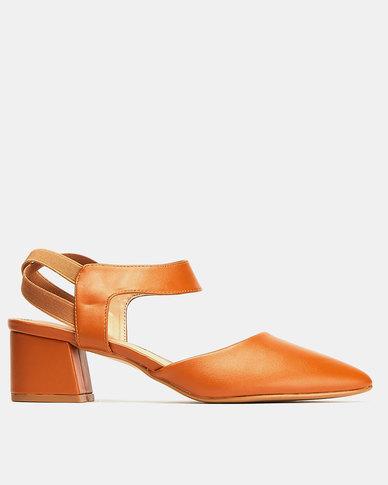 Butterfly Feet Volghera Heels Tan