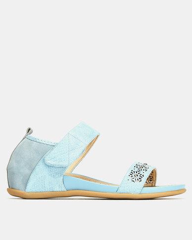 Butterfly Feet Quincy Wedges Light Blue