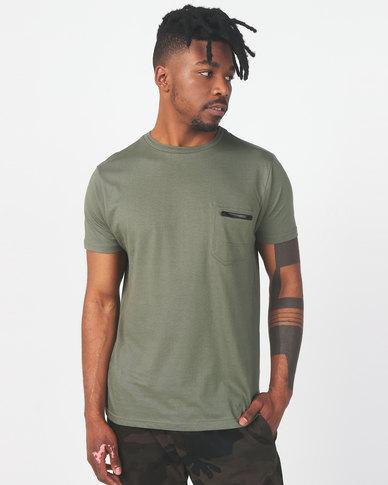 Brave Soul Crew Neck Zip Pocket T-Shirt Mushroom Sage Green