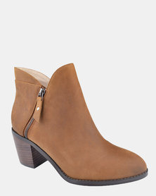 Julz Beatrice Tan Ankle Boots