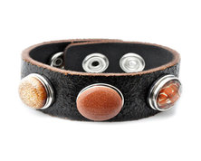 Urban Charm Genuine Leather Snap Bracelet with four Interchangeable Snaps - Autumn