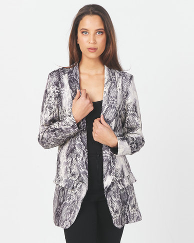 Miss Cassidy By Queenspark Snake Printed Woven Jacket Black/White