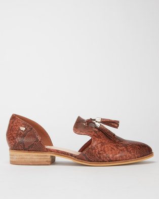 Miss Black Sunday Tassel Detail Flat Brown