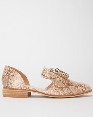 Miss Black Sunday Tassel Detail Flat Taupe