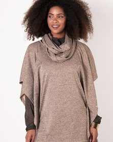 Marique Yssel Square Poncho & Snood 2 Piece - Oat