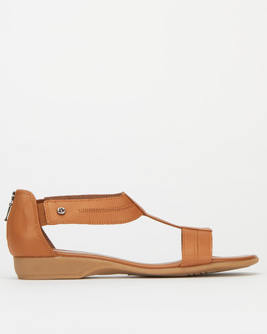 Froggie Leather Ida T-Bar Sandals Tan