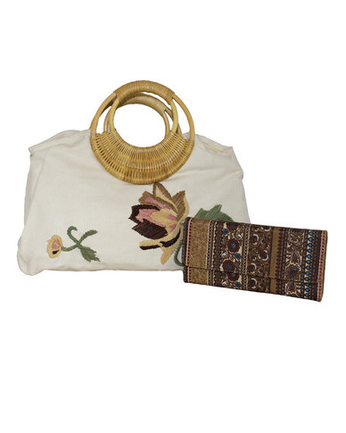 Fino Flower Stitched Linen Bag with Bamboo Handles - Beige