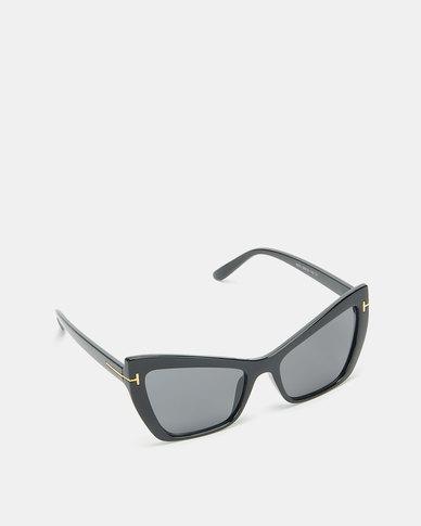 Utopia Cat Eye Sunglasses Black with Charcoal Lense
