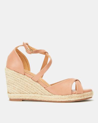 Butterfly Feet Brogan Wedges Pink