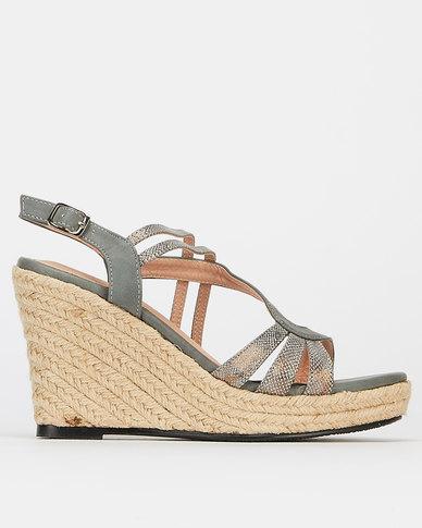 Butterfly Feet Darianne Wedges Grey