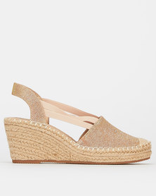 Butterfly Feet Fazila Wedges Rose Gold
