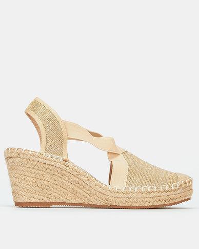 Butterfly Feet Noa Wedges Gold