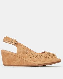 Butterfly Feet Codie Wedges Tan