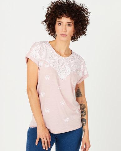 Queenspark Fancy Print Design Short Sleeve Knit Top Pink
