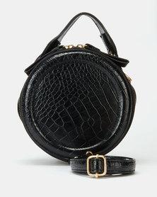 All Heart Circle Wristlet Bag Black