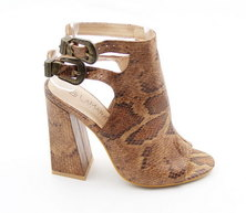 LaMara Paris Venice snakeprint peep toe heels brown