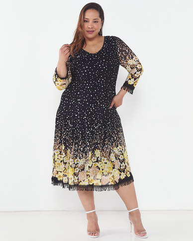 Queenspark Plus Collection Border Printed Glamour Knit Dress Black