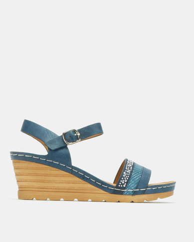 Butterfly Feet Albany Wedges Navy