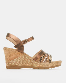 Butterfly Feet Saley Wedges Brown