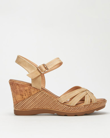Butterfly Feet Lori Wedges Champagne
