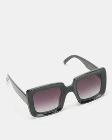 UNKNOWN EYEWEAR Sophie Sunglasses Black