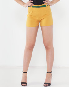 Utopia Shorts With Skinny Belt Mustard