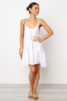 WOVEN FABRIC STRAPPY STYLE TIERED & FLARED MINI DRESS WITH DEEP BACK 'V' + TIE DETAIL