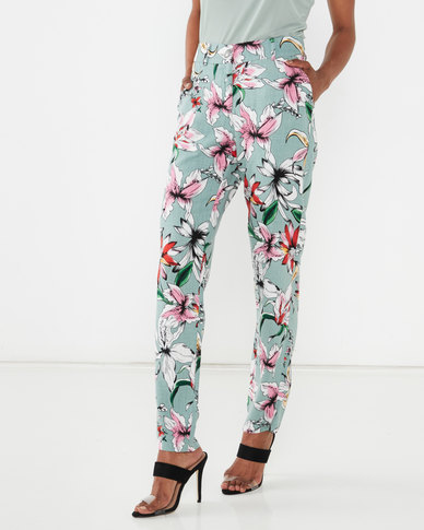 Queenspark Floral Printed Pocket Detail Trousers Sage