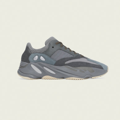 YEEZY BOOST 700 SHOES