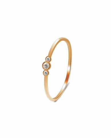 We Heart This Golden Tri-Stone Ring