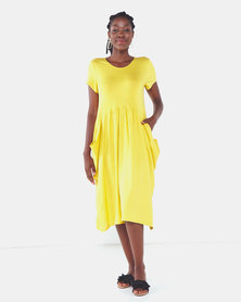 Famous Julie loose pocket dress in Mustard