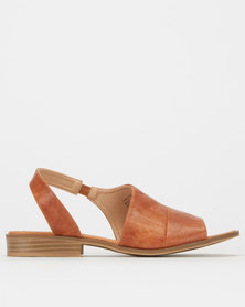 Miss Black Christine Sandals Tan