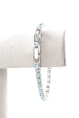 Civetta Spark Square Bracelet with Aquamarine Swarovski Crystal