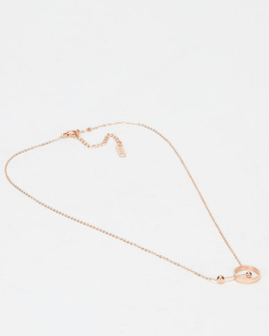 Steel My Heart Bar In Circle Necklace Gold