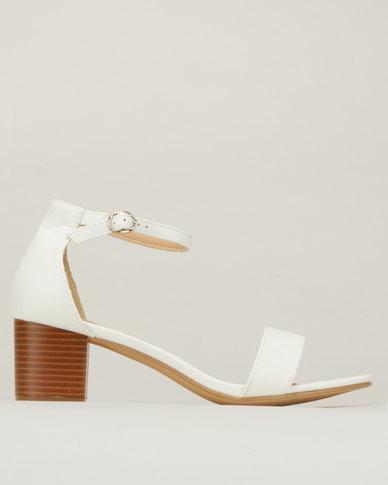 Legit S19 Low Stack Finish Block Heel Sandals with Closed Q White