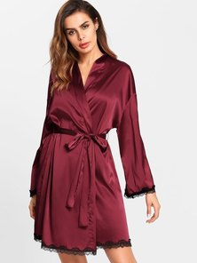 Elite Occasions Contrast Lace Trim Printed Back Wrap Robe