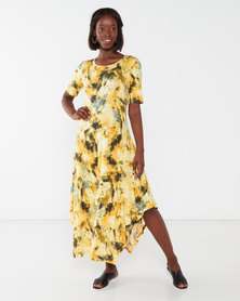 Queenspark Printed Crewneck Short Sleeve Knit Dress Yellow