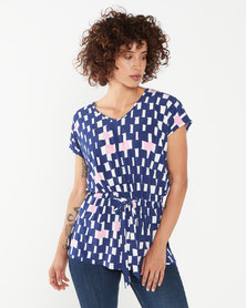 Miss Cassidy By Queenspark Graphic Printed Knit Top Blue